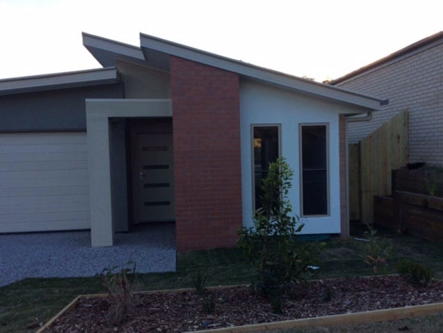 12 Dumaresq Street, Pacific Pines, Qld 4211