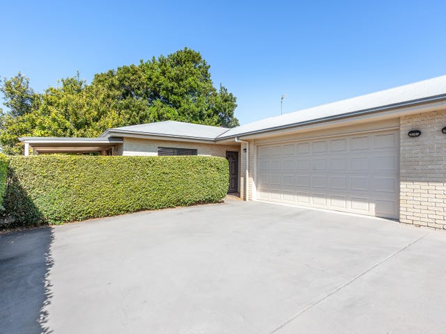 1&2/8a Derwak St, Harristown, Qld 4350