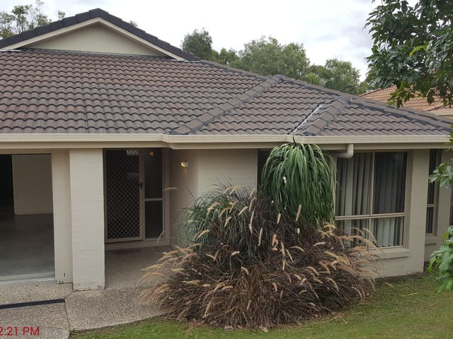 4 Lennox Street, Pacific Pines, Qld 4211