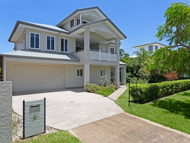 5 Fourth Ave, Scarborough, Qld 4020