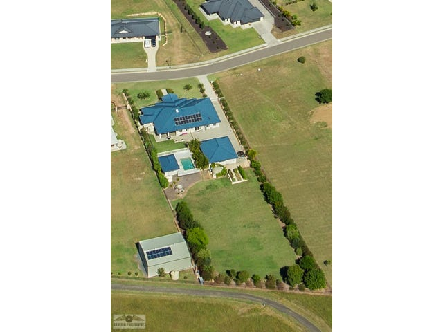 32 Peak Court, Peak Crossing, Qld 4306