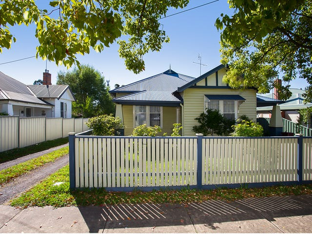 19  Bree Road, Hamilton, Vic 3300