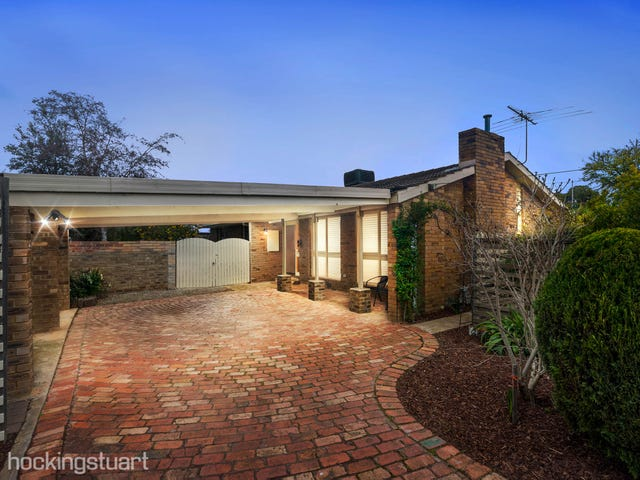13 Risson Street, Melton South, Vic 3338