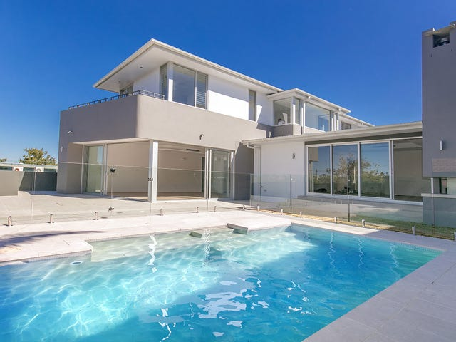2A Panorama Pde, Seaforth, NSW 2092