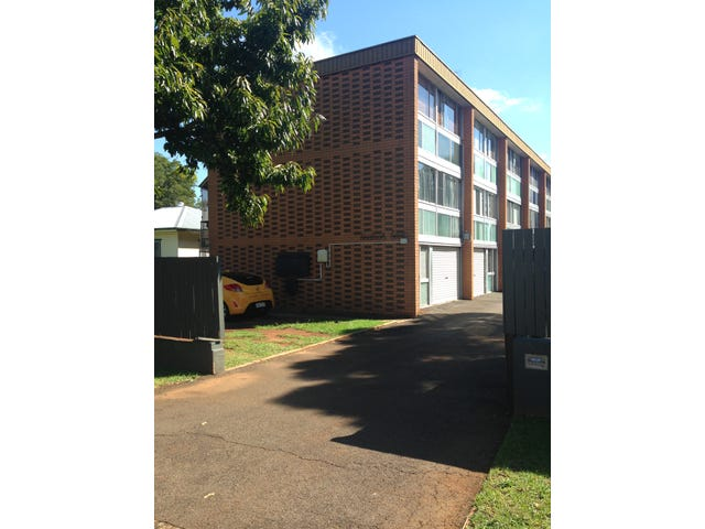 1/5 Creek Street, East Toowoomba, Qld 4350