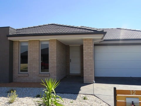 12 McTaggart Street, Lucas, Vic 3350