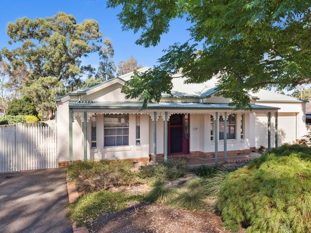 30 Palm Ave, Spring Gully, Vic 3550