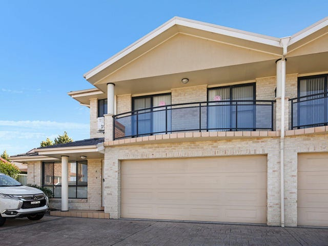 4/28-30 Russell Street, Balgownie, NSW 2519