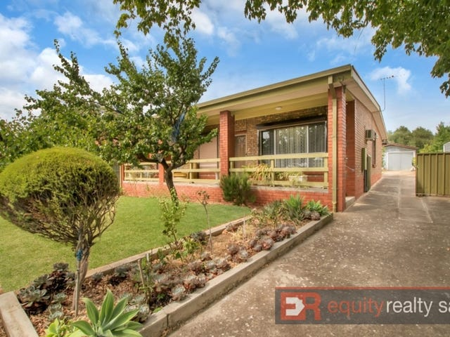 17 Grantley Avenue North, Rostrevor, SA 5073