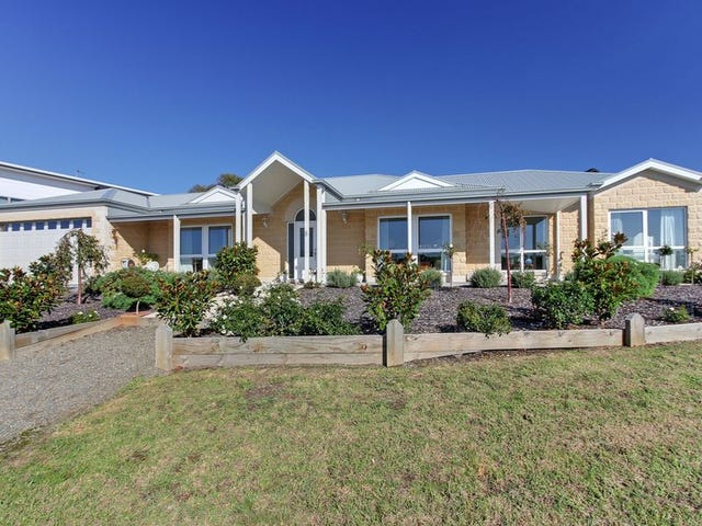 8 Wonga Court, Lakes Entrance, Vic 3909