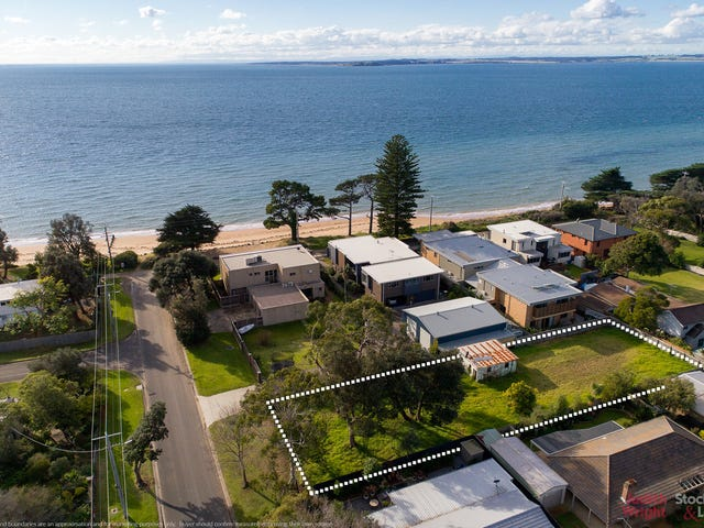8 Dunsmore Road, Cowes, Vic 3922