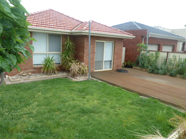 Unit 1/19 Amis Cres, Avondale Heights, Vic 3034