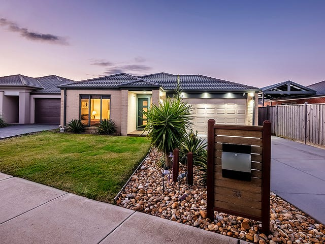 36 Pyrenees Road, Clyde, Vic 3978