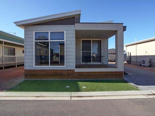 Cabins 32 & 33 North Beach Tourist Park, Wallaroo, SA 5556