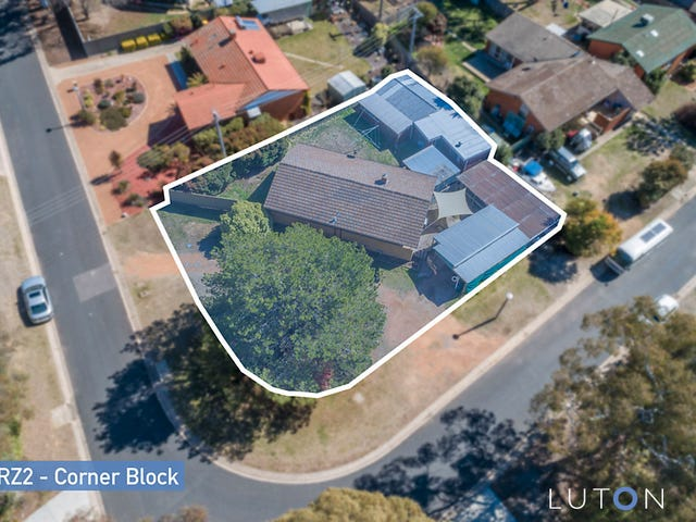 16 Carron Street, Page, ACT 2614