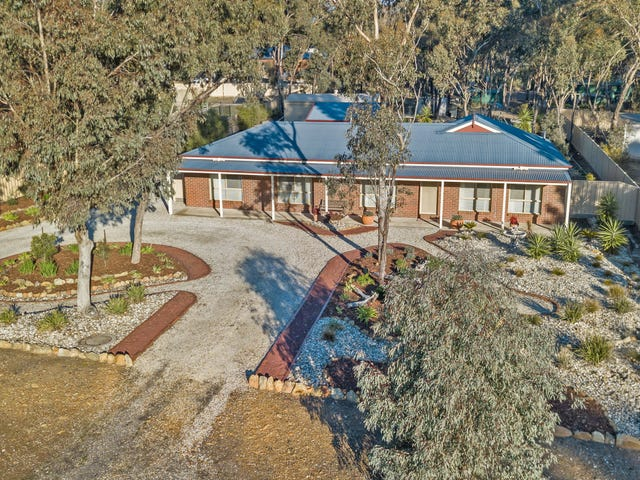 76 Pioneer Drive, Maiden Gully, Vic 3551
