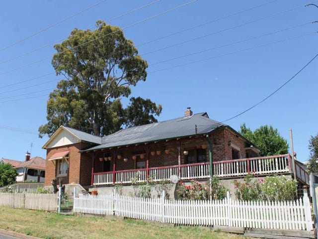 18 Main Street, Young, NSW 2594