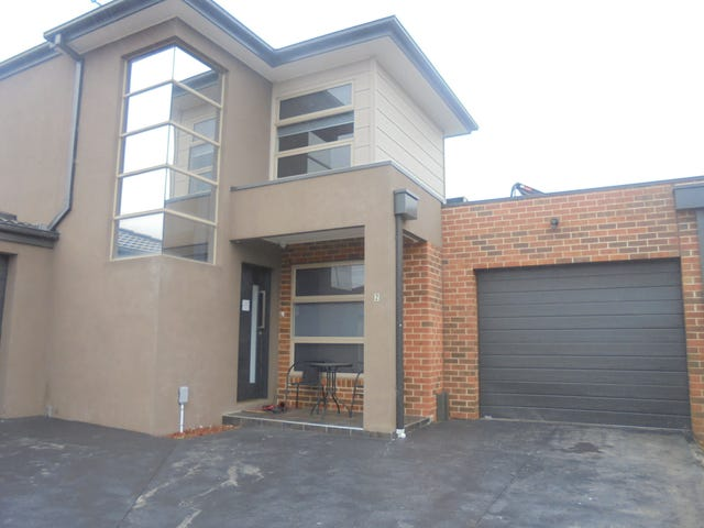 2/1455 Pascoe vale Road, Meadow Heights, Vic 3048