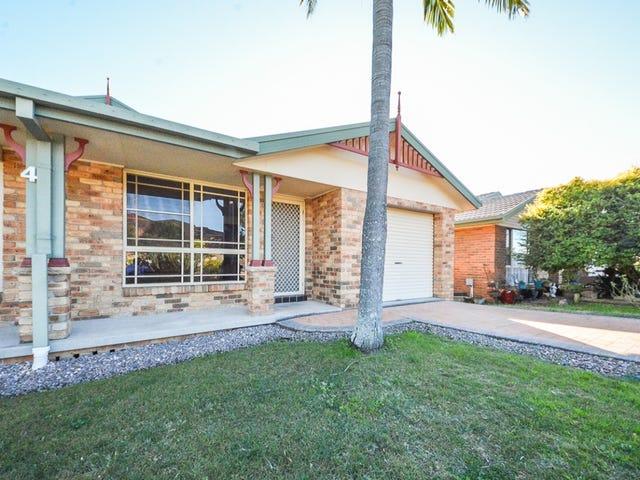 2/4 Justin Drive, Tenambit, NSW 2323