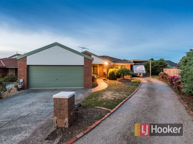 4 Tad Court, Cranbourne North, Vic 3977