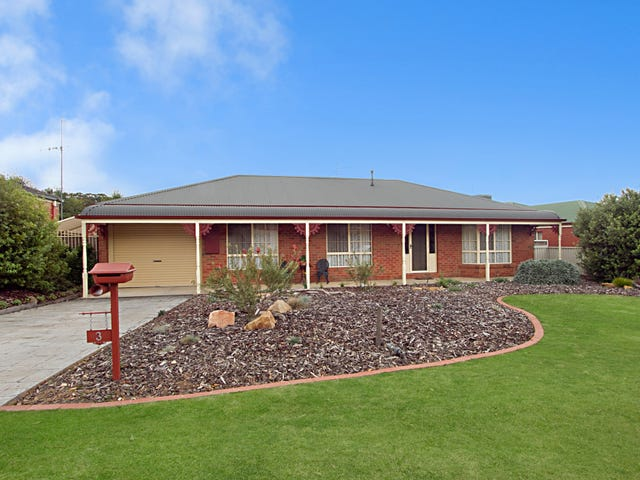3 Bissell Drive, Golden Square, Vic 3555