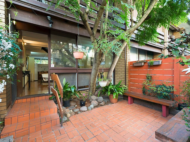 9/10 South Terrace, Clifton Hill, Vic 3068