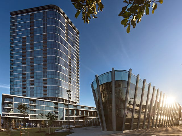 8.02/81 South Wharf Drive, Docklands, Vic 3008