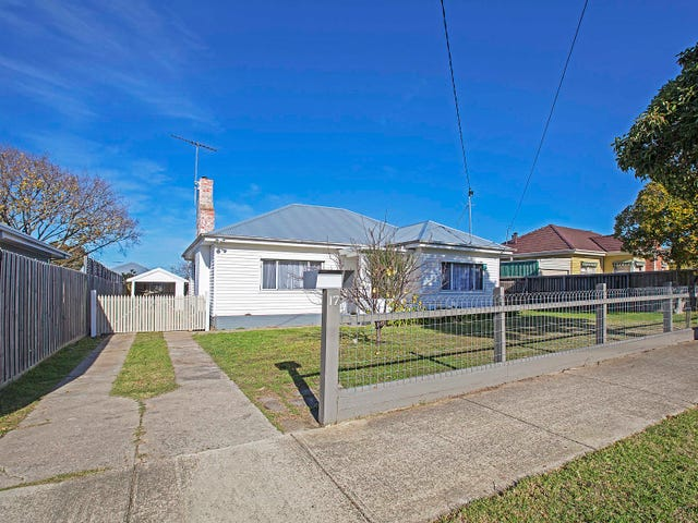 17 Allitt Avenue, Belmont, Vic 3216