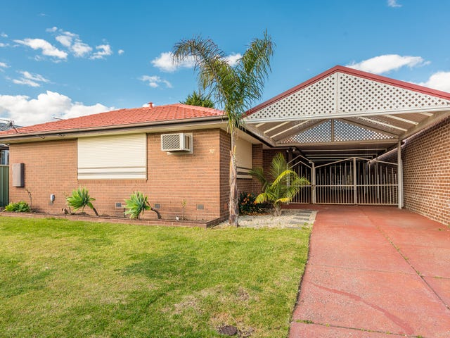 32 Handsworth Crescent, Tullamarine, Vic 3043