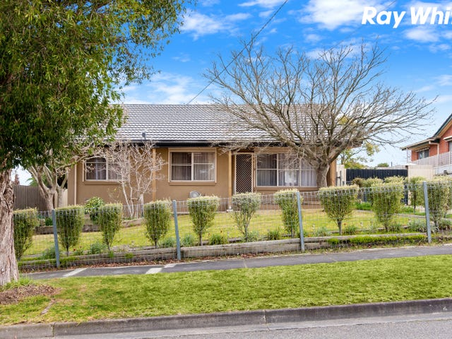 15 Deveney Street, Pakenham, Vic 3810