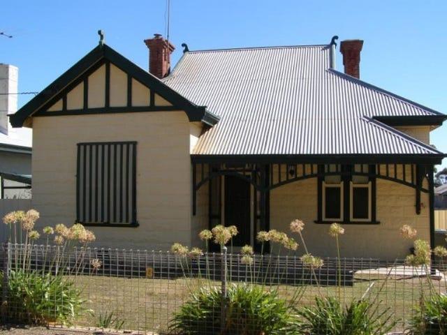 8 Caroline Street, Maitland, SA 5573