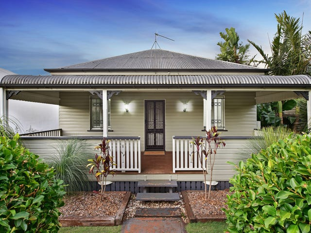 17 Wallace Street, Newtown, Qld 4350