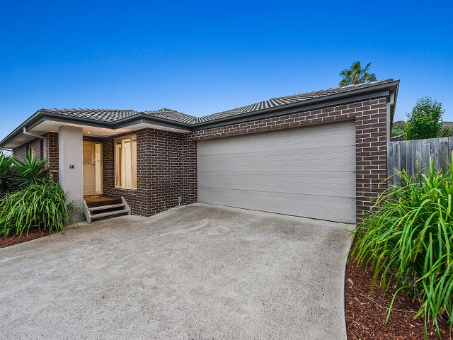 12B MEADOWGATE DRIVE, Chirnside Park, Vic 3116