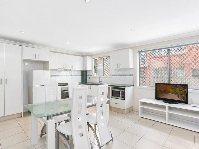 1/8 Calliope Street, Guildford, NSW 2161