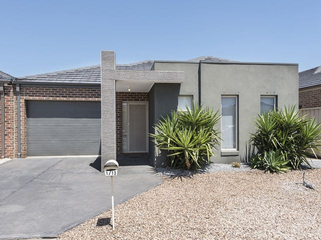 1/13 Ranfurlie Circuit, Melton West, Vic 3337