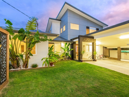 22 Sandpiper Drive, Burleigh Waters, Qld 4220