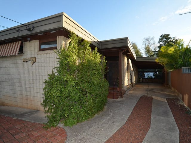 90 Flockhart Ave, Valley View, SA 5093