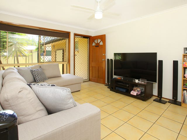 1/20 Orkney Place, Labrador, Qld 4215