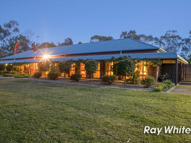 32 Stephens Place, Somerville, Vic 3912