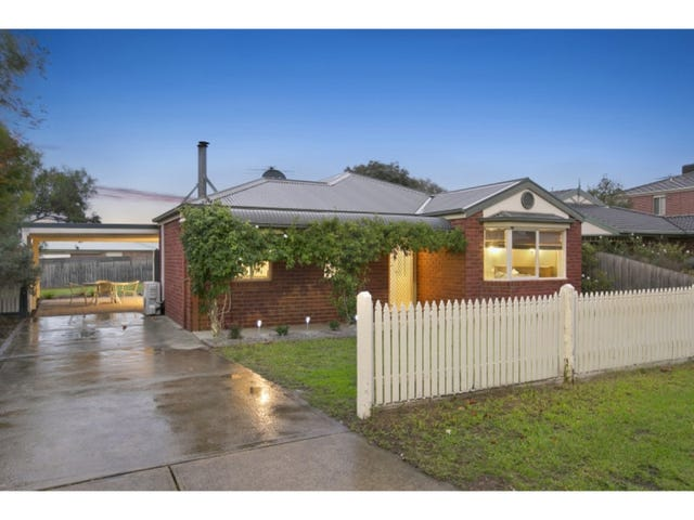23 Waltham Drive, Mornington, Vic 3931