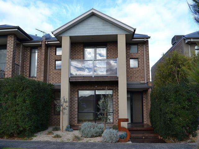 5 Hunter Lane, Pakenham, Vic 3810