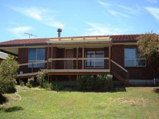 28 COORABIE CRESCENT, Hallett Cove, SA 5158