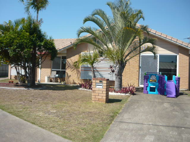21 Magpie Crt, Eli Waters, Qld 4655