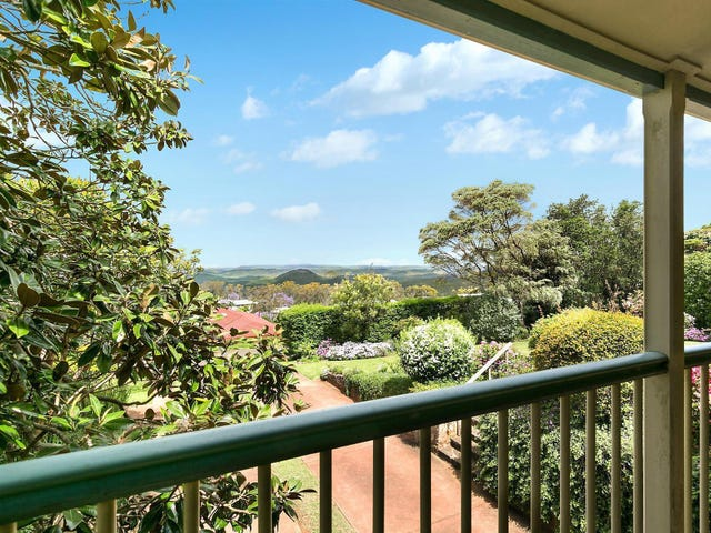 15 Katoomba Crescent, Prince Henry Heights, Qld 4350