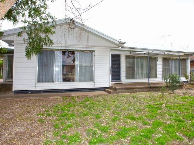 44 Gillespie Street, Horsham, Vic 3400