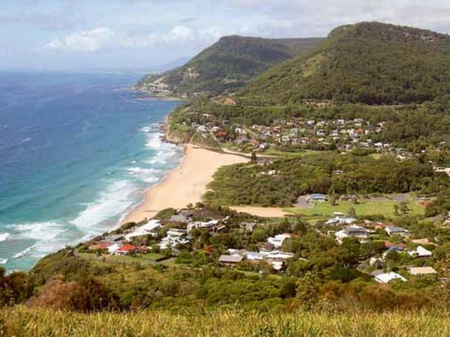 2 Maxwell Cres, Stanwell Park, NSW 2508