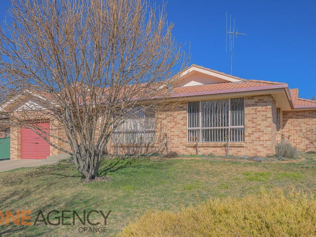 6 Angus Place, Orange, NSW 2800