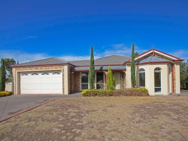 20 Viewbank Rise, Lovely Banks, Vic 3213