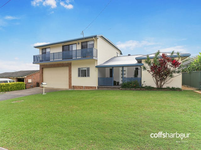25 Thirteenth Avenue, Sawtell, NSW 2452