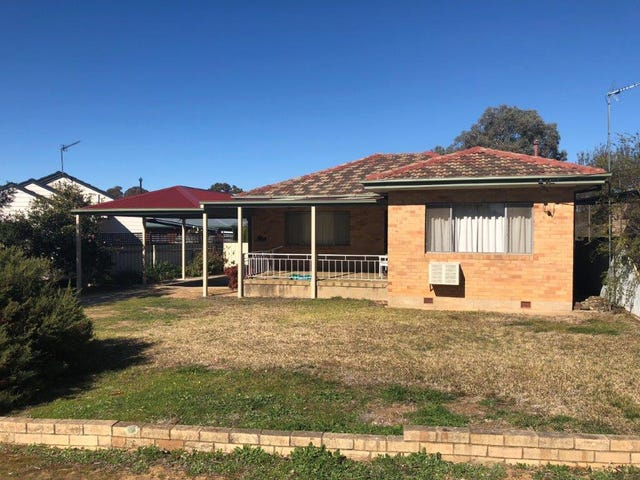 49 White Avenue, Kooringal, NSW 2650